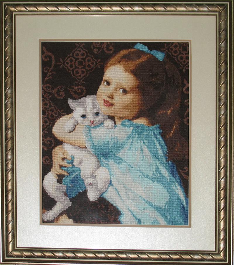 Вышивка девочка с котёнком 88